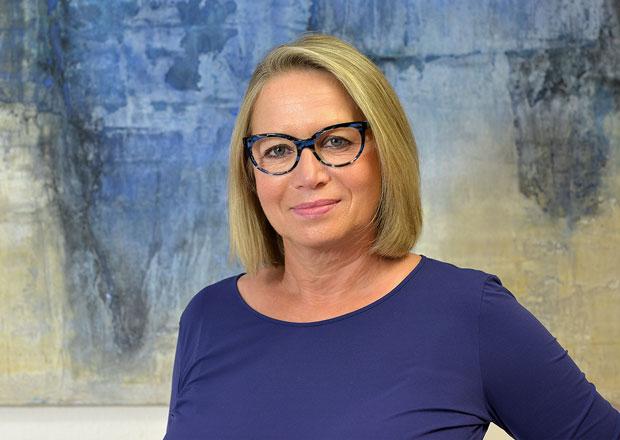 Abstrakte Ölgemälde und Acrylbilder: Die Duisburger Künstlerin Birgit Wulftange präsentiert ihre große Auswahl moderne großformatige Bilder-Kunst.